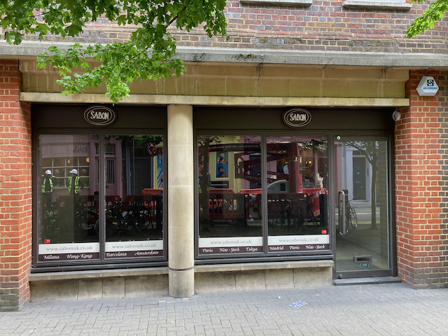 Neal Street Shop available on Turnover Rent